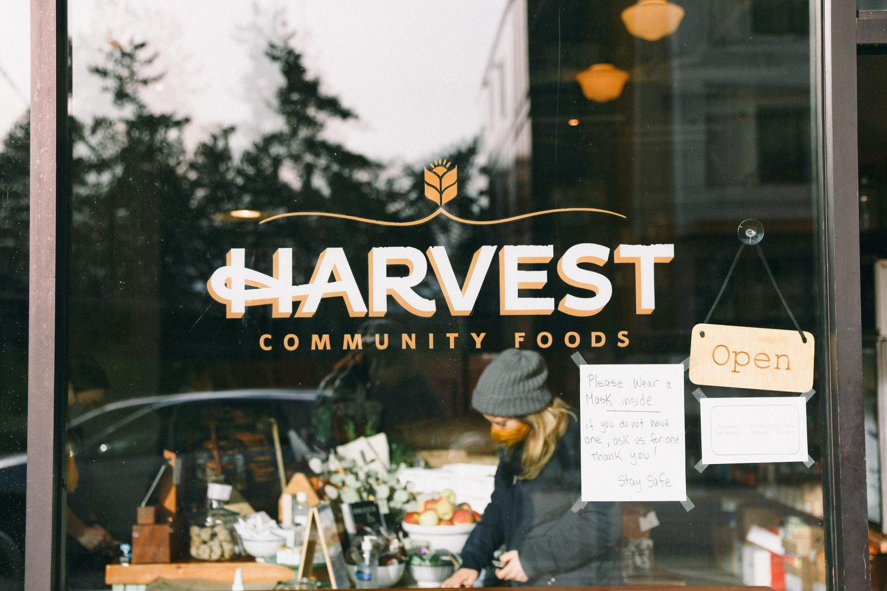 33 Eats: Harvest Community Foods